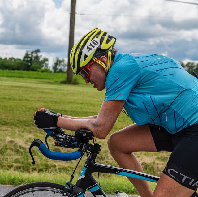 leah goldstein wins overall race across america