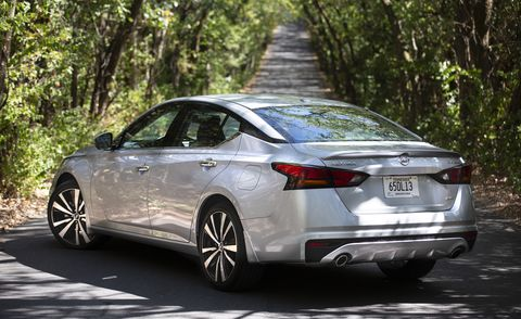 2021 Nissan Altima Review Pricing And Specs