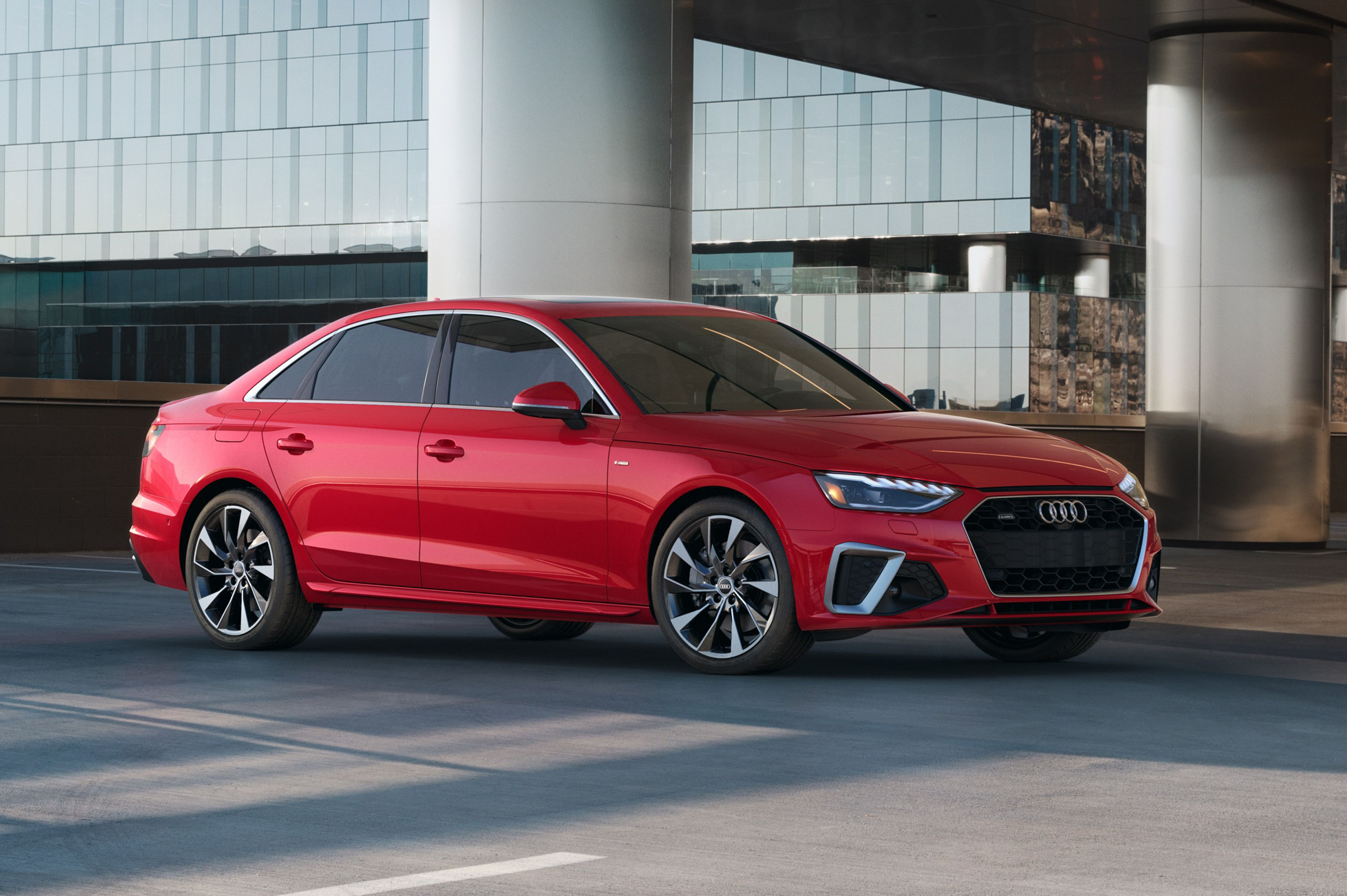 New Model and Performance Audi Facelift A4 2021