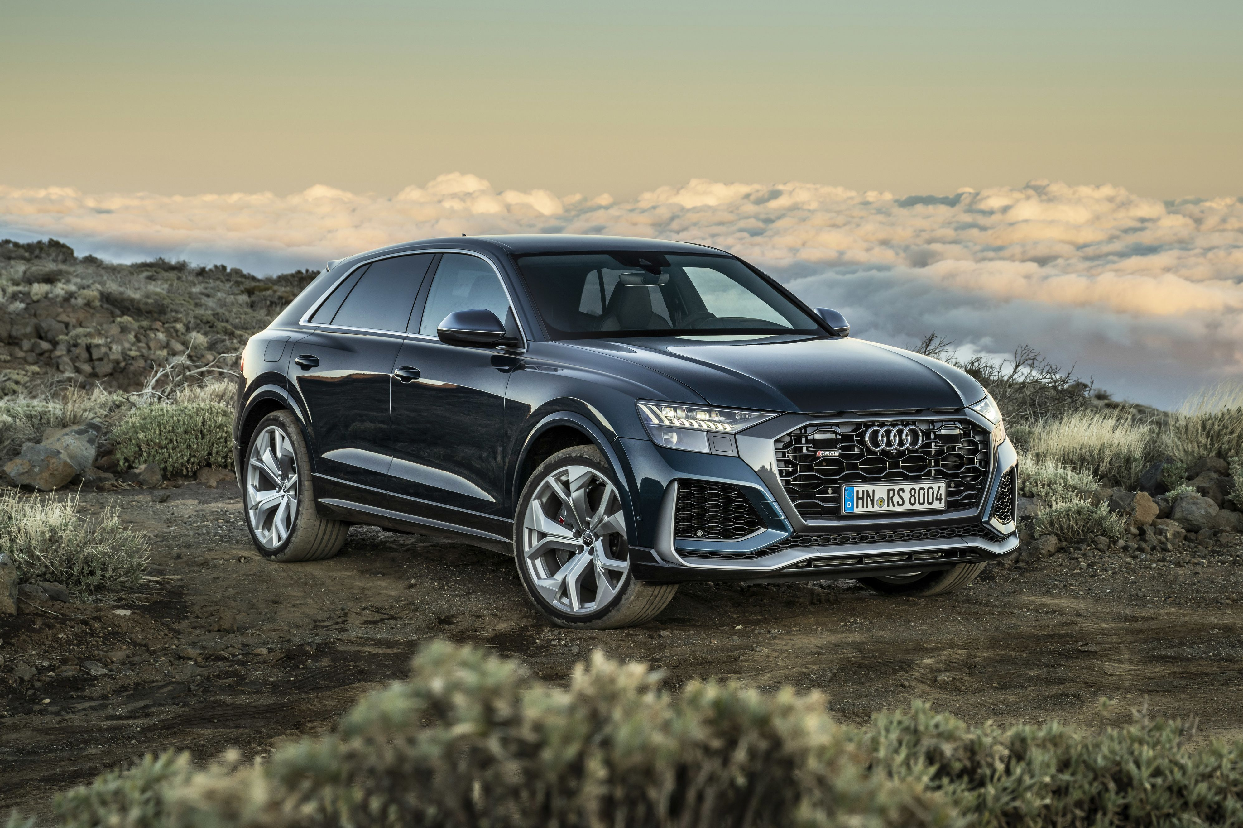 2021 Audi Rs Q8 Review Pricing And Specs