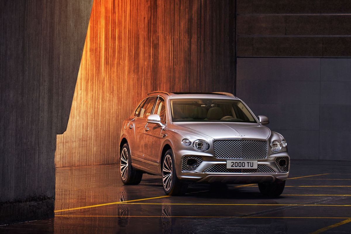 2021 Bentley Bentayga Review Pricing And Specs