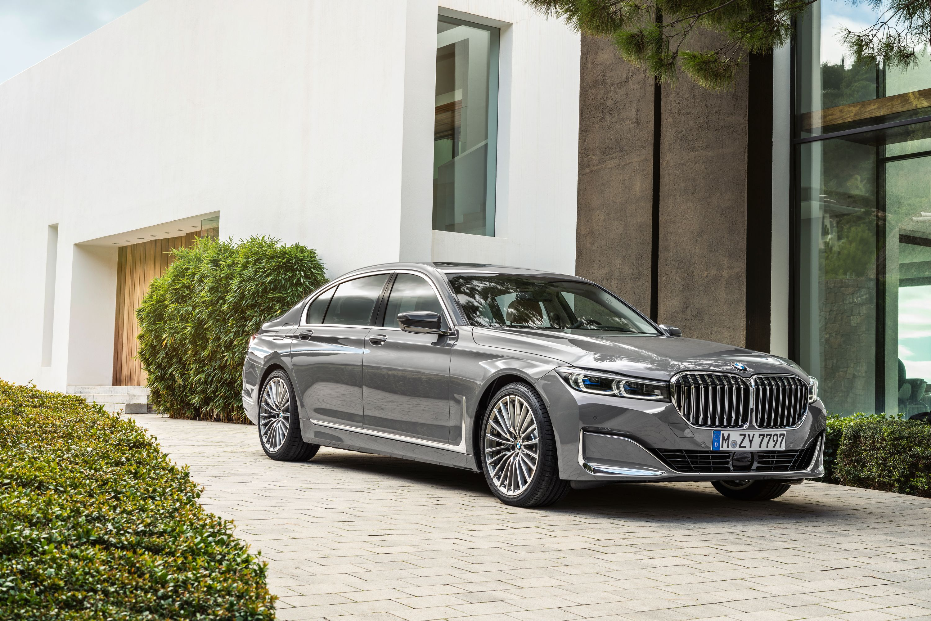 2021 Bmw 7 Series Review Pricing And Specs