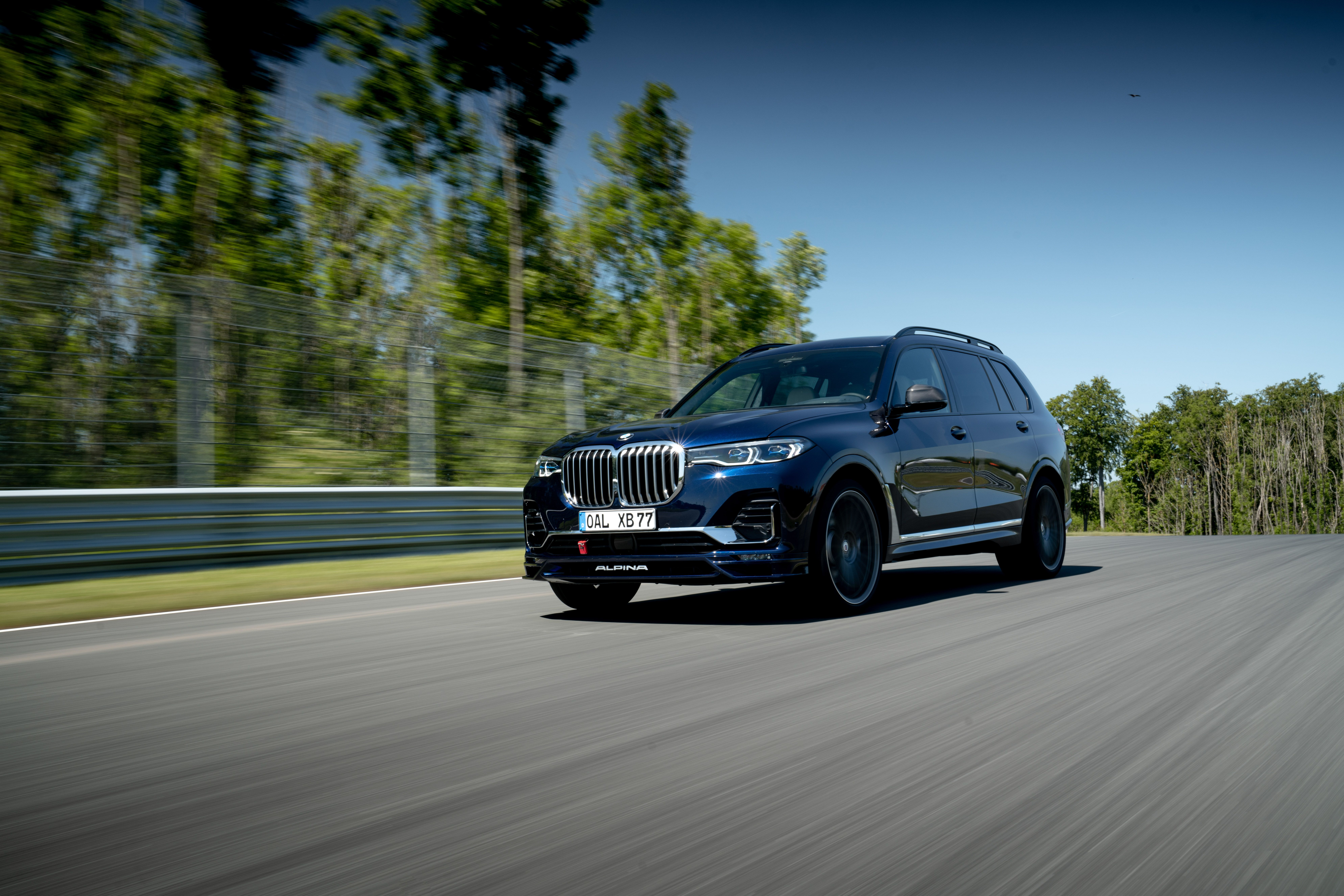 2021 Bmw X7 Review Pricing And Specs