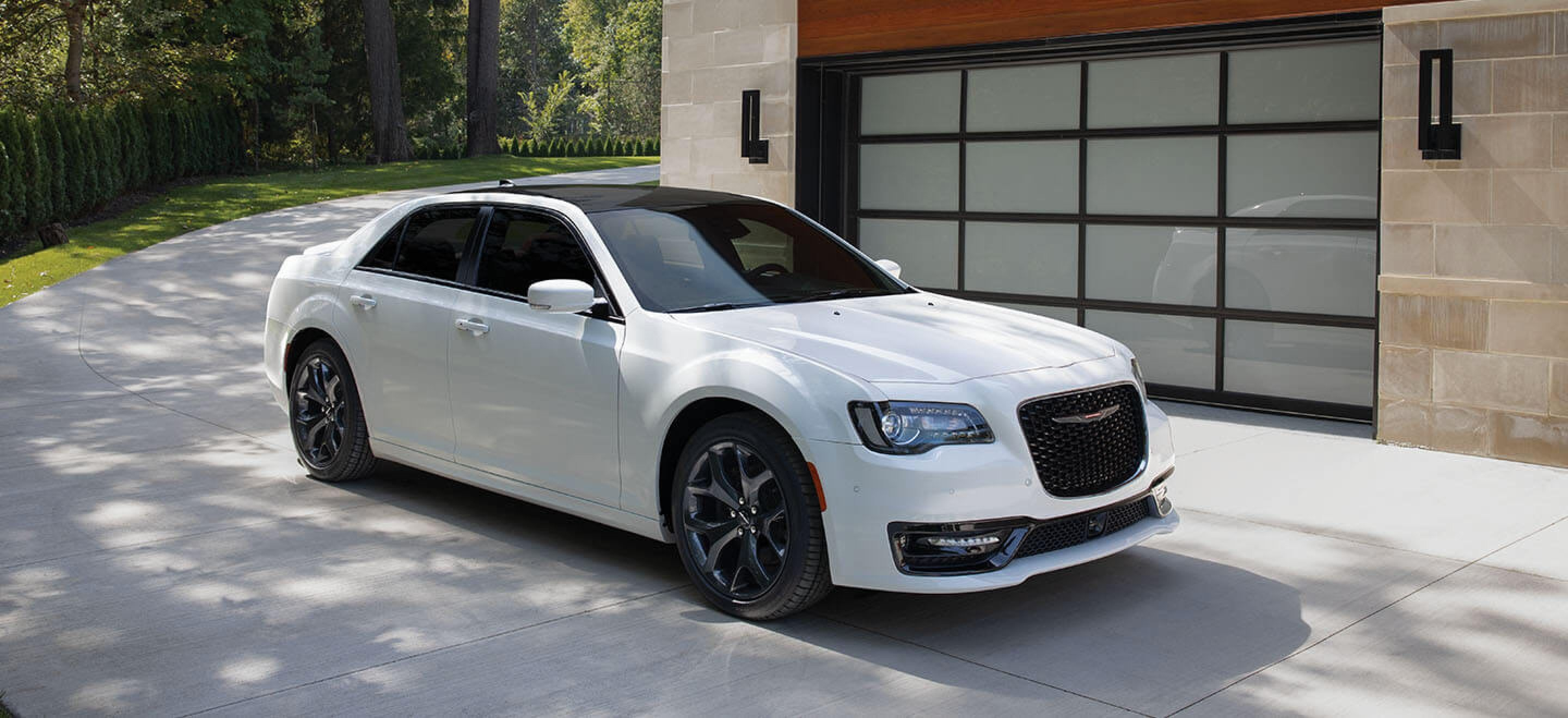 2021 Chrysler 300 Srt8 Concept and Review