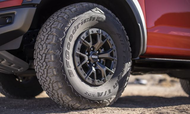 2022 Ford Raptor's Tires Were Too Big For F-150 Factory