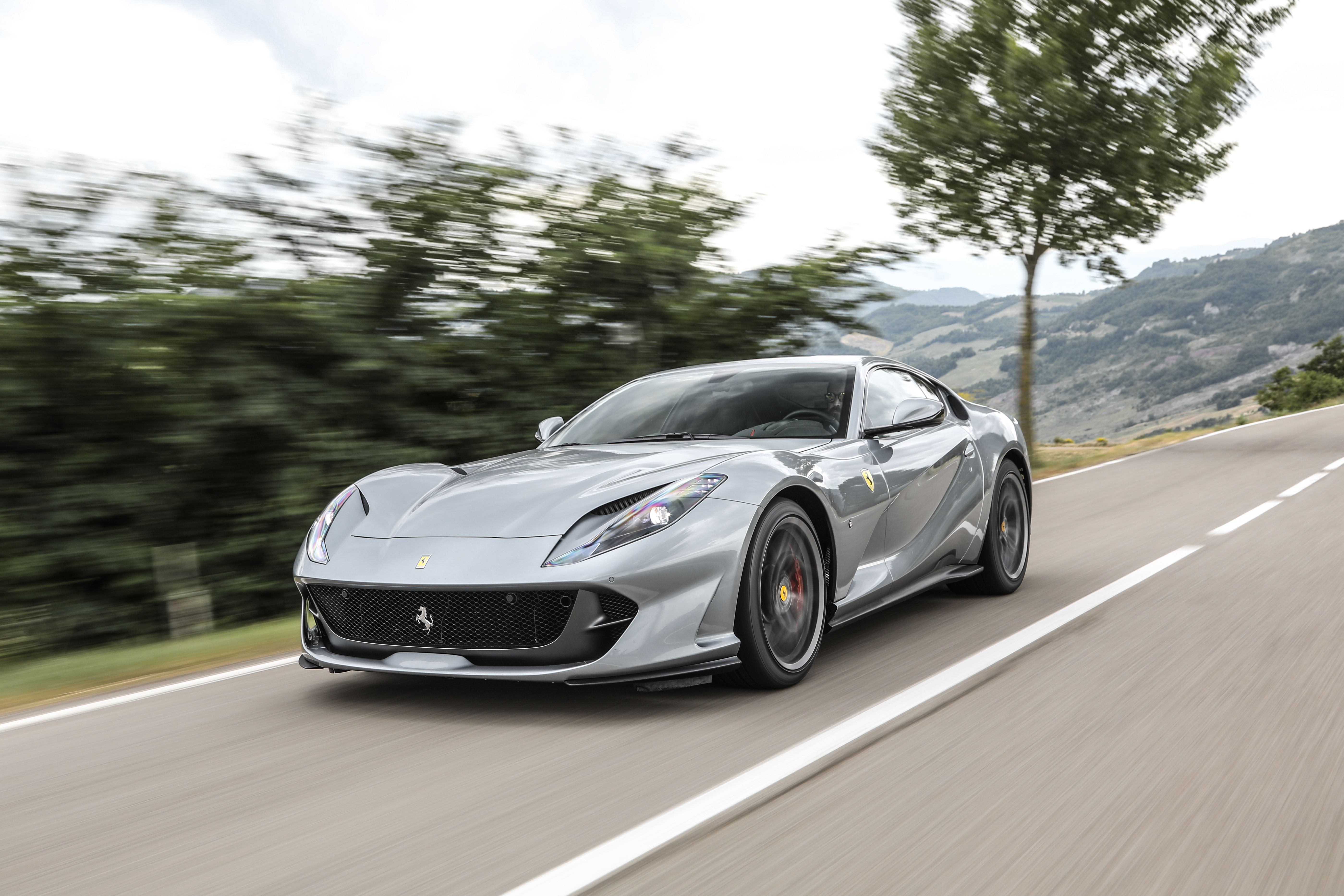 2021 Ferrari 812 Superfast Gts Review Pricing And Specs
