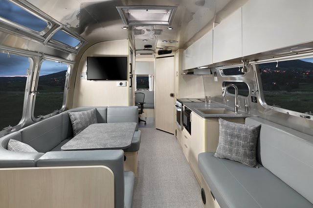 airstream flying cloud 30fb office travel trailer
