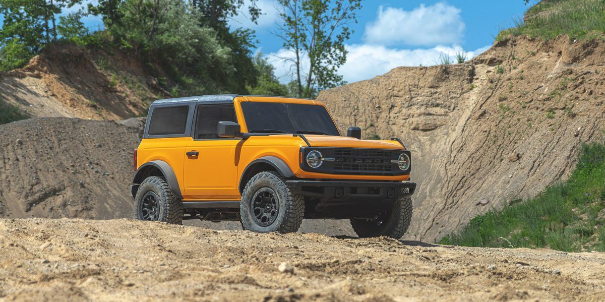 view photos of the 2021 ford bronco 2door