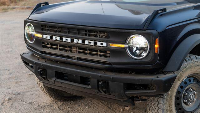 2021 ford bronco 23l black diamond