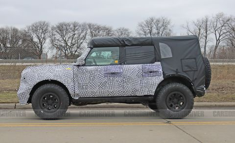 2021 Ford Bronco off-road
