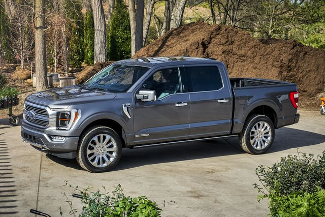 new technologies will now be available for the 2021 ford f 150 including class exclusive onboard scales and smart hitch as well as continuously controlled damping, each engineered to help customers who tow and haul load their trucks up for the work they're designed to do while also adding on road confidence