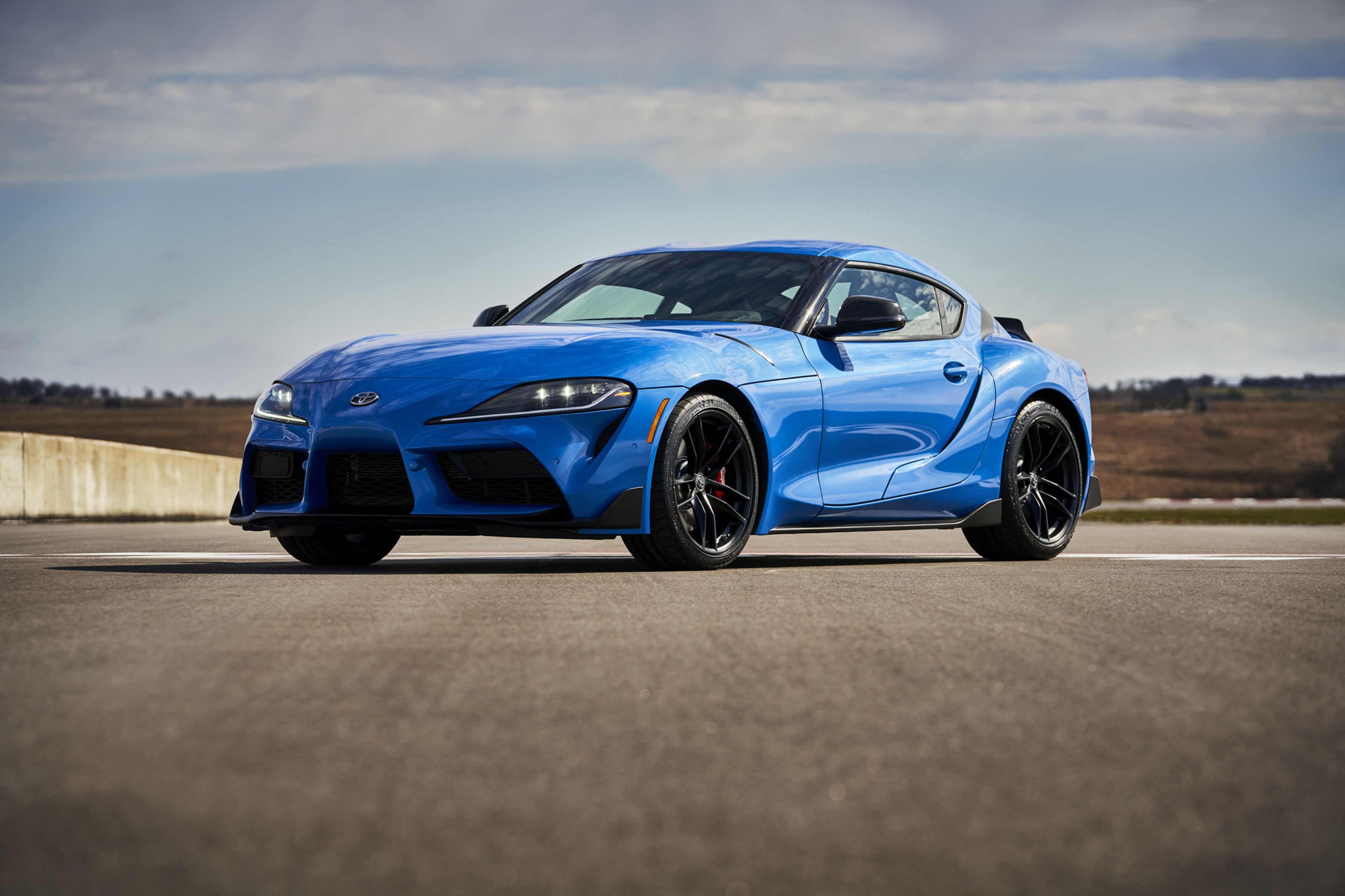 2021 Toyota GR Supra: A Four-Cylinder Variant and a Huge Power Bump for the Straight-Six