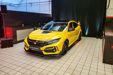 Land vehicle, Vehicle, Car, Yellow, Automotive design, Auto show, Hot hatch, Hatchback, Mid-size car, Honda,