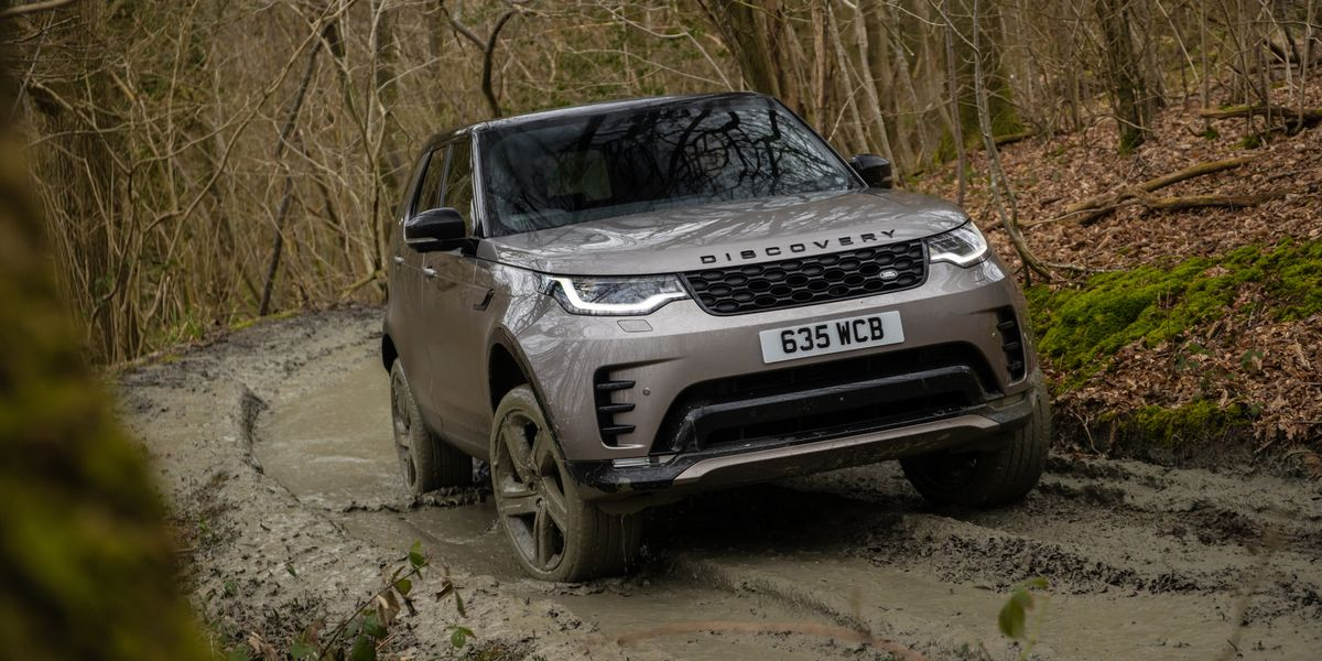 2021 Land Rover Discovery P360 Excels When the Pavement Ends