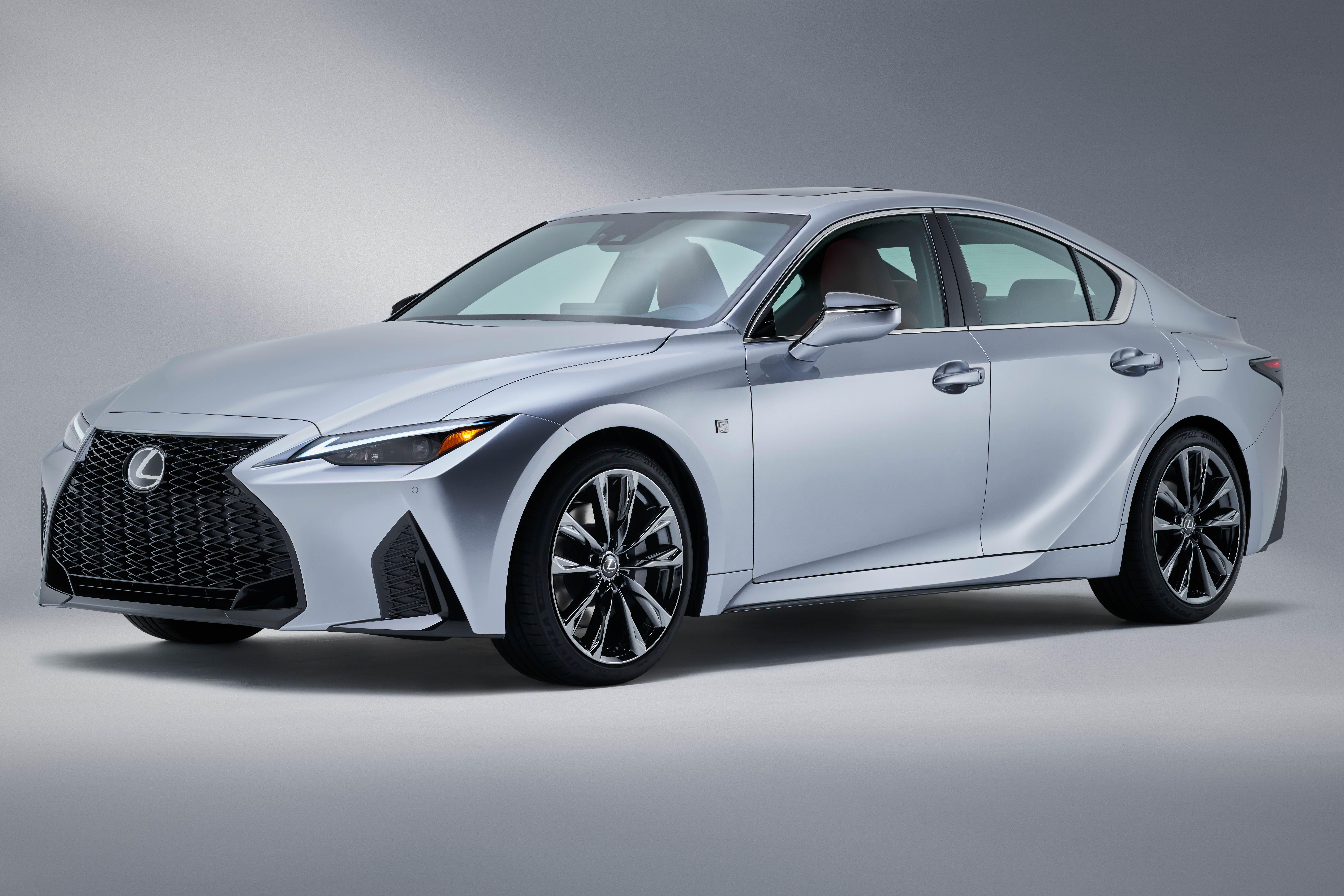 2020 Lexus IS 250 Pictures