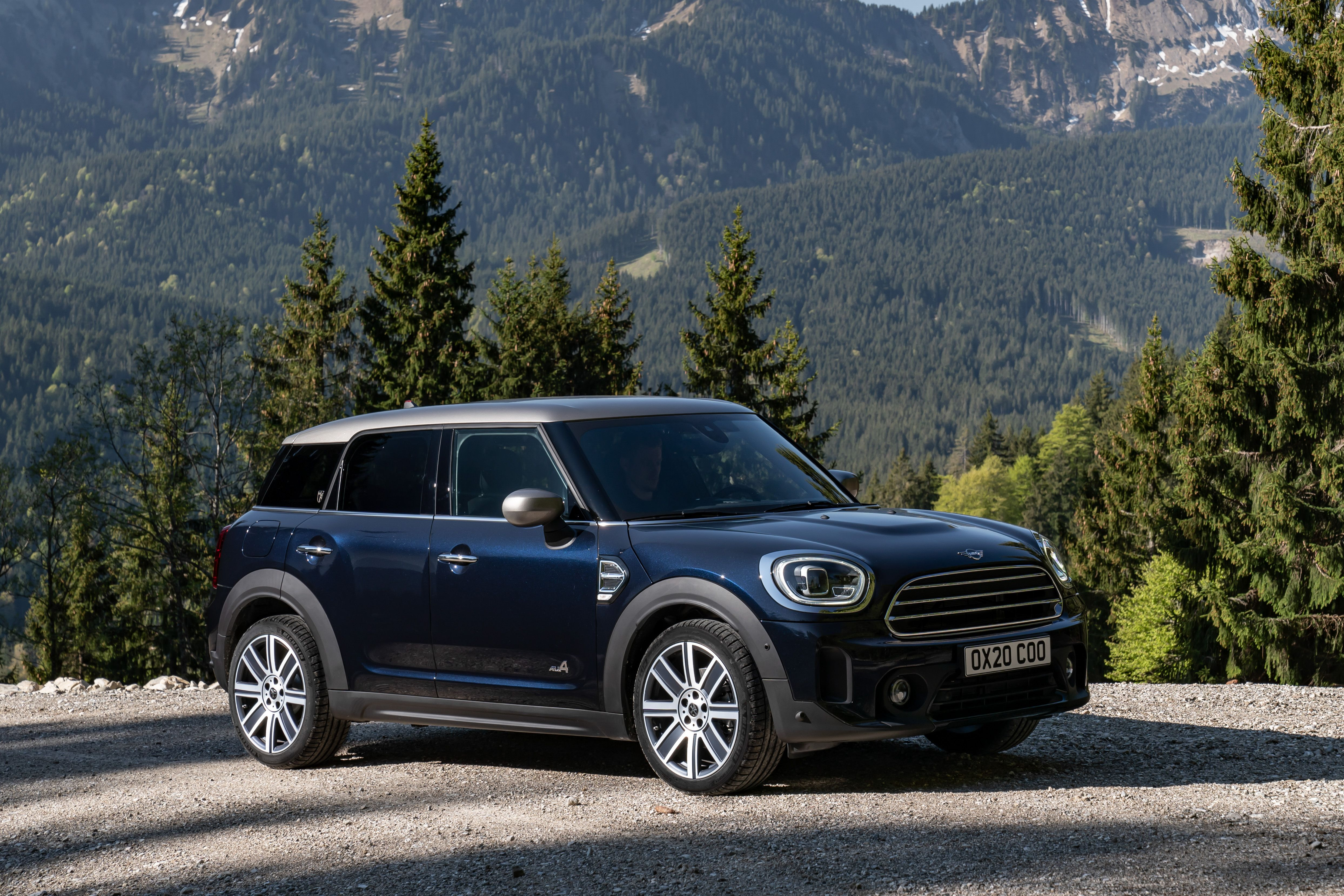 2021 Mini Cooper Countryman Review Pricing And Specs