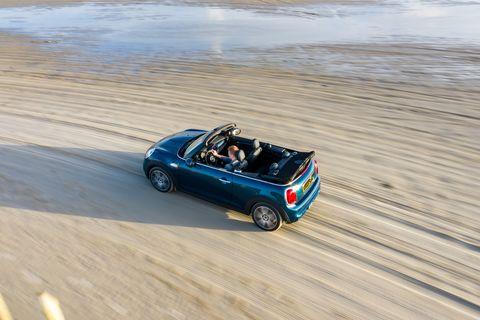 Land vehicle, Vehicle, Sand, Regularity rally, Car, Mini, Landscape, Convertible, Beach, Subcompact car,