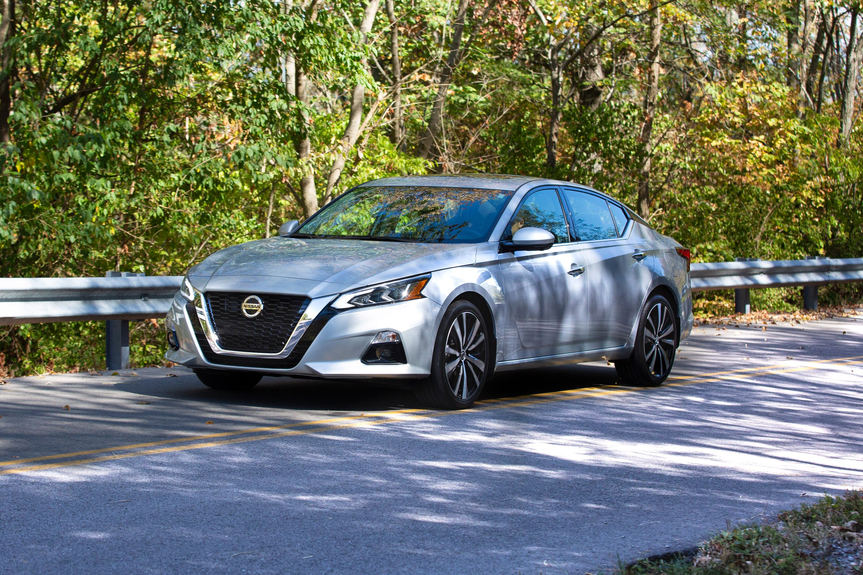 3 Nissan Altima Review, Pricing, and Specs