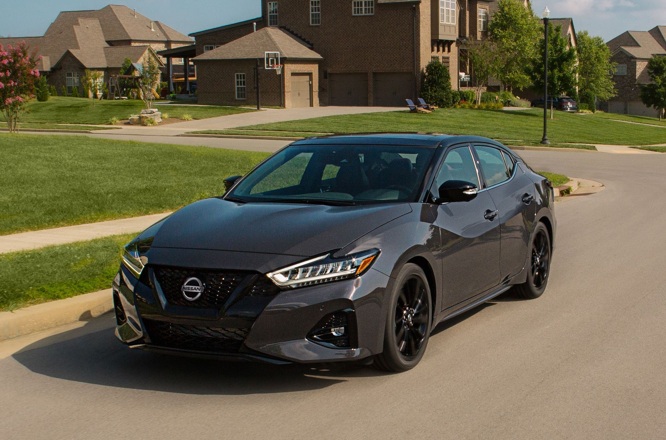 2021 Nissan Maxima Review Pricing And Specs