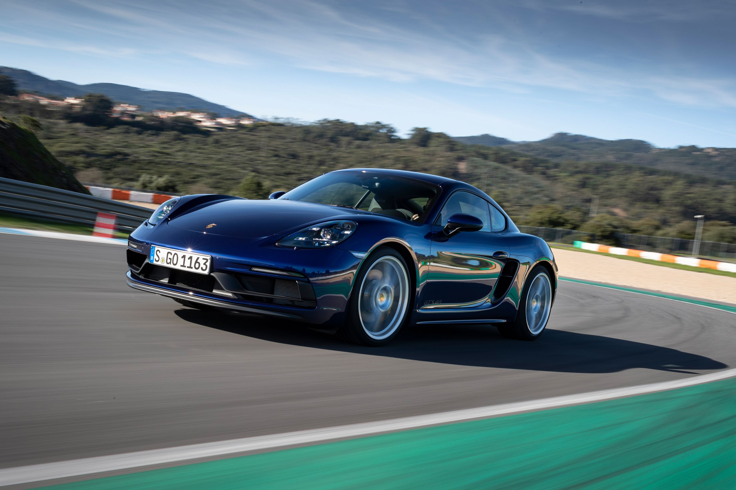 4 Porsche 4 Cayman Review, Pricing, and Specs