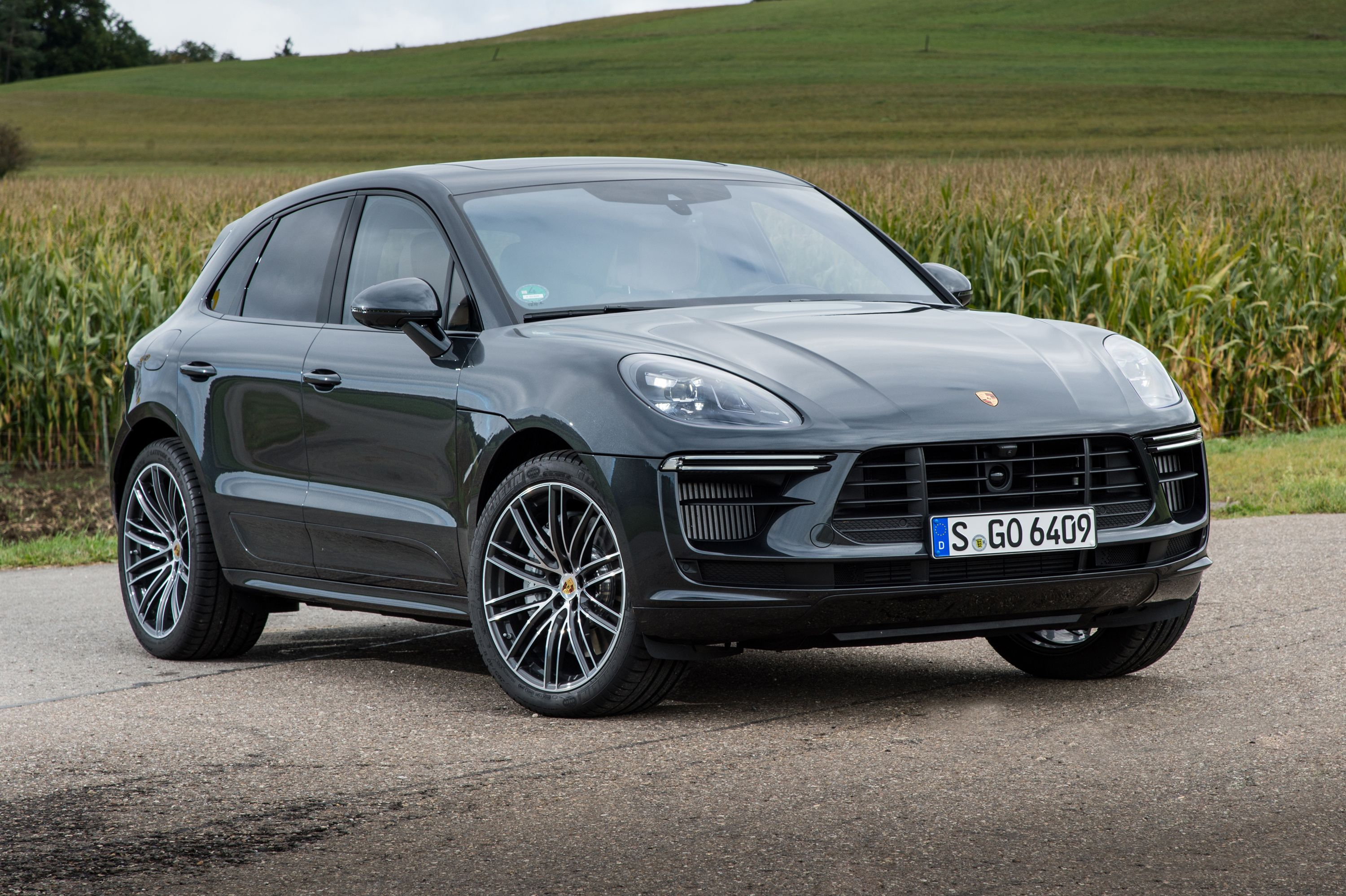 2021 Porsche Macan Turbo Review Pricing And Specs