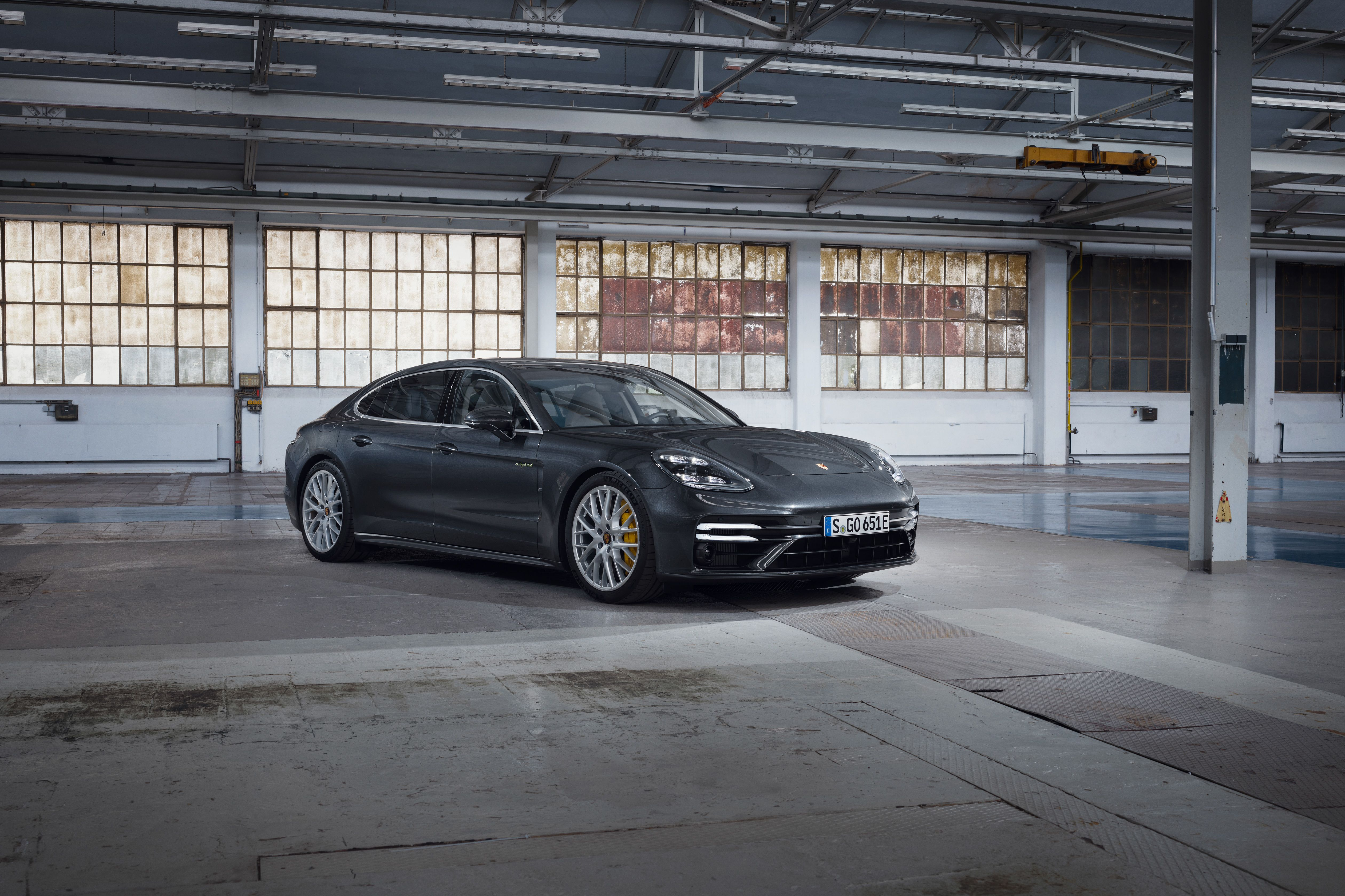 2021 Porsche Panamera Review Pricing And Specs