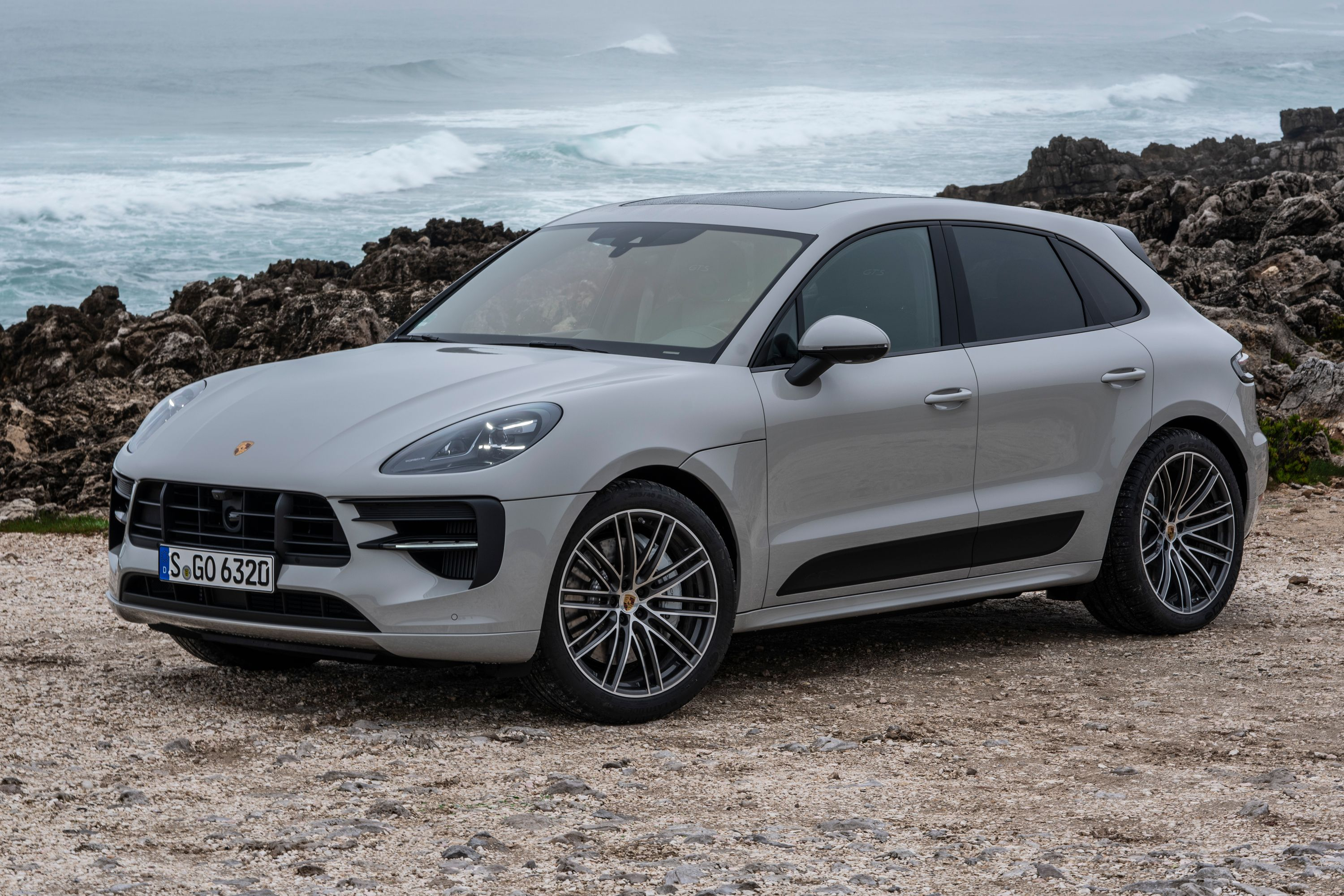 2021 Porsche Macan Review Pricing And Specs