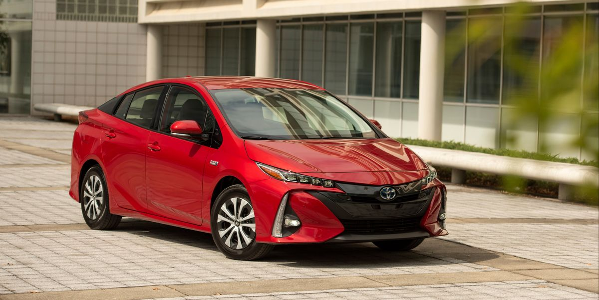 2021 toyota prius prime review pricing and specs