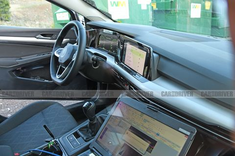 volkswagen golf mark 8 interior spied major redesign. Black Bedroom Furniture Sets. Home Design Ideas