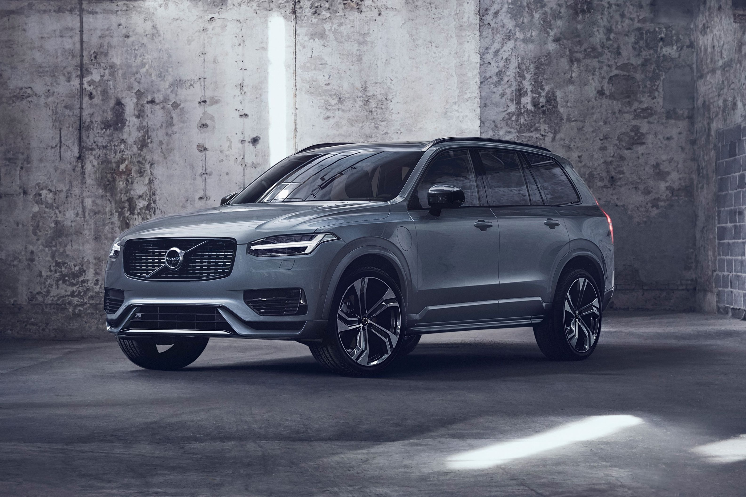 2021 Volvo Xc90 Review Pricing And Specs