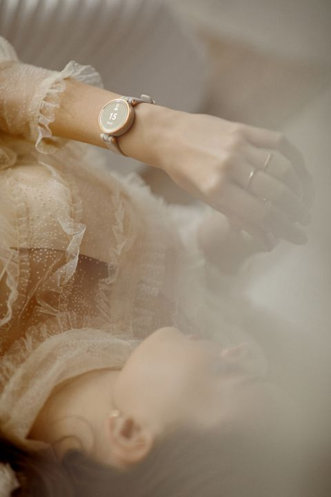 garmin 奶茶色 lily 智慧腕錶