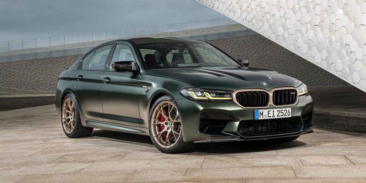 View Photos of the 2022 BMW M5 CS