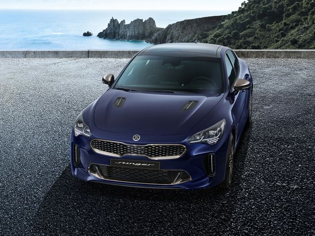 2022 Kia Stinger Review Pricing And Specs