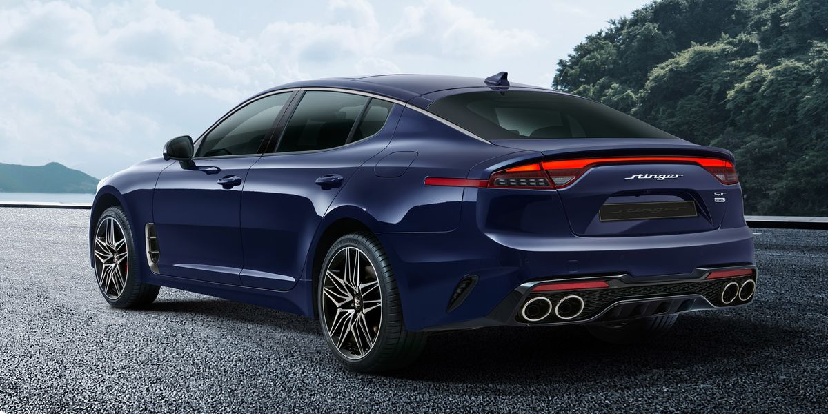 2022 Kia Stinger Reveals Its Updated Design Inside and Out