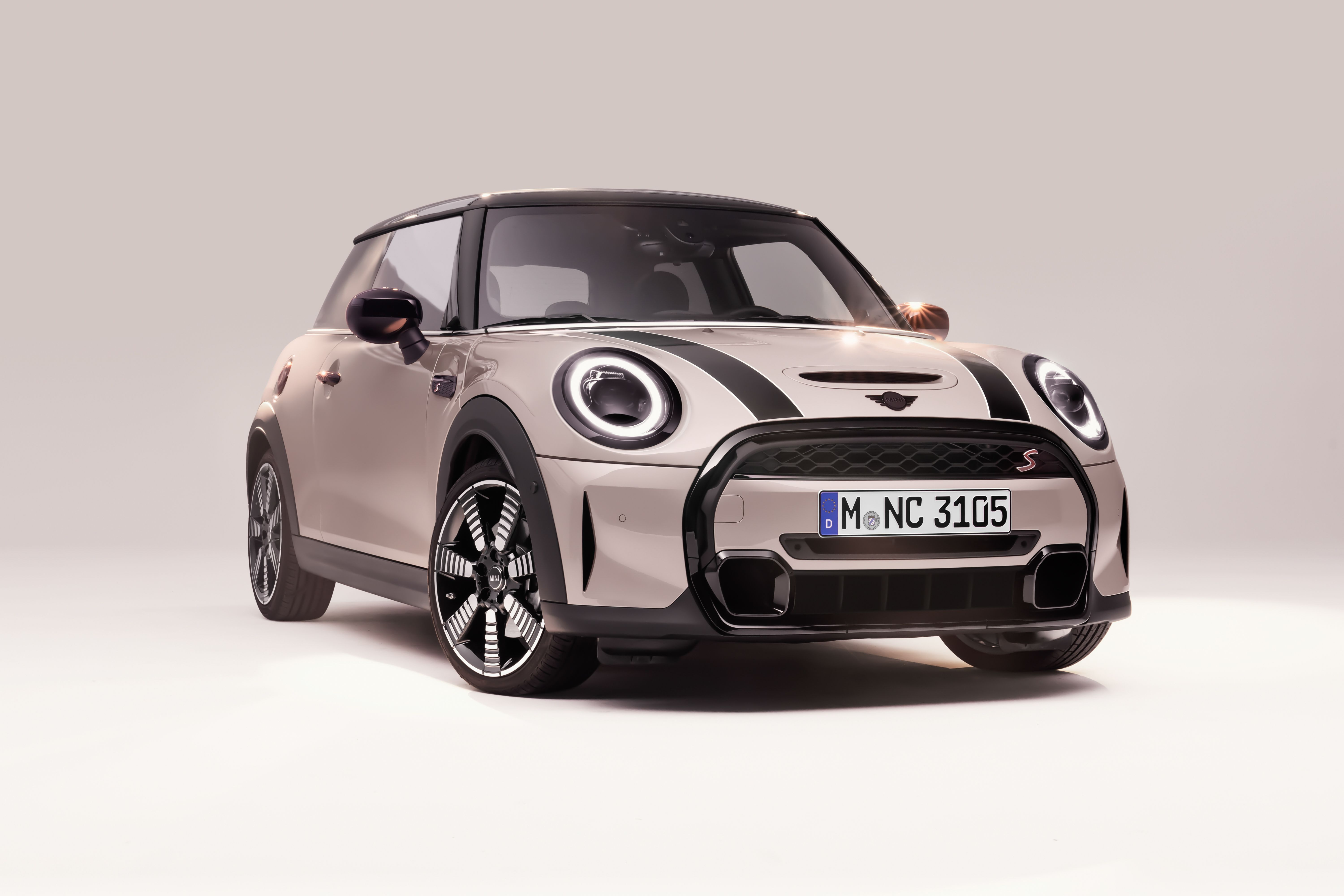 2022 mini cooper review pricing and specs