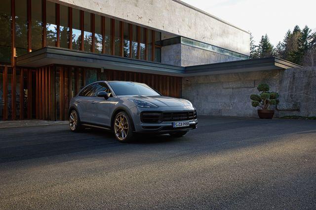 2022 porsche cayenne turbo gt coupe
