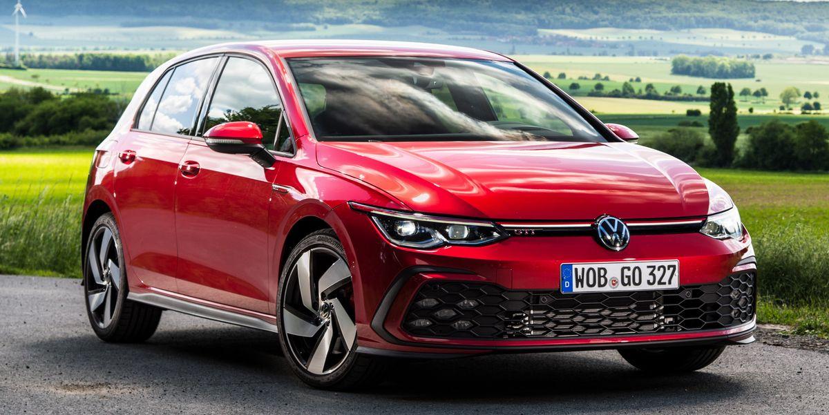View Photos of the 2022 Volkswagen Golf GTI