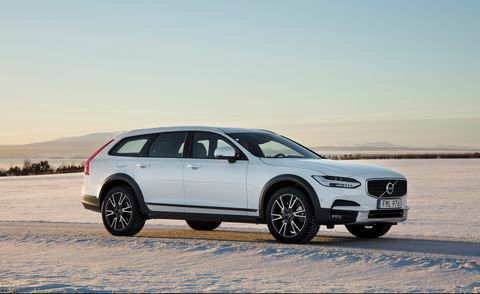 Don't Expect The 2018 Volvo XC70, Consider Brand's Alternatives >> Every Car Wagon And Suv In Volvo S 2019 Model Lineup