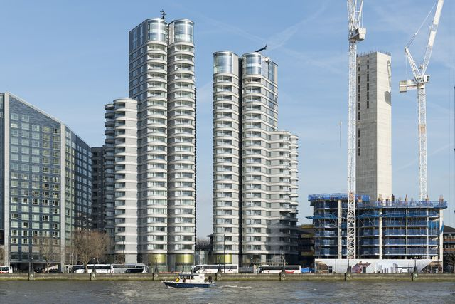 one housing's bankhouse di foster  partners