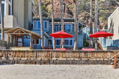 Edward Norton Malibu Home