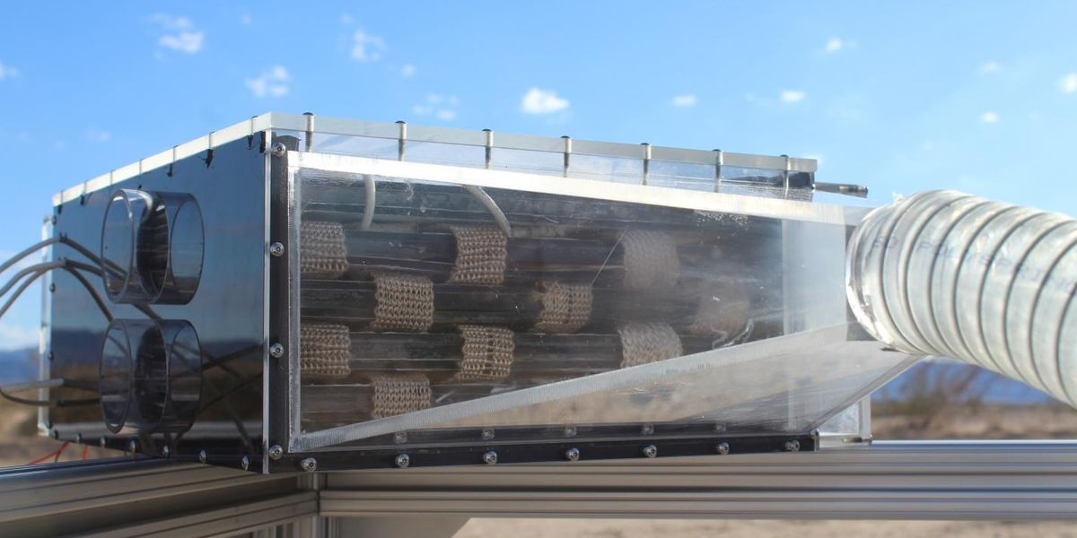 Harvester Turns Water Into Air