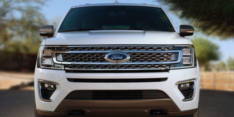 Motor vehicle, Daytime, Automotive design, Automotive exterior, Vehicle, Headlamp, Automotive lighting, Grille, Automotive tire, Hood,