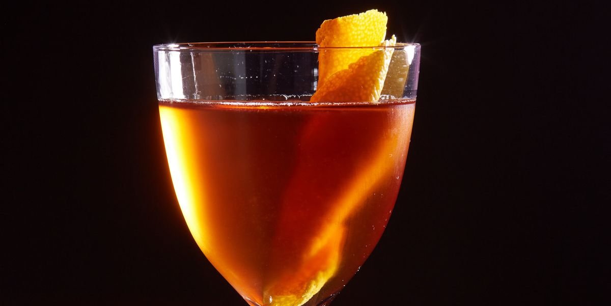 """This Sophisticated """"Mountweazel"""" Martinez Will Make You a Gin Lover"""