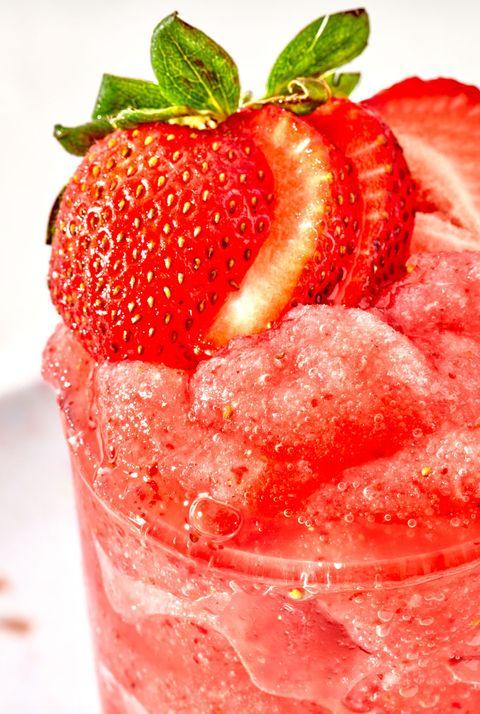 strawberry white claw slushies