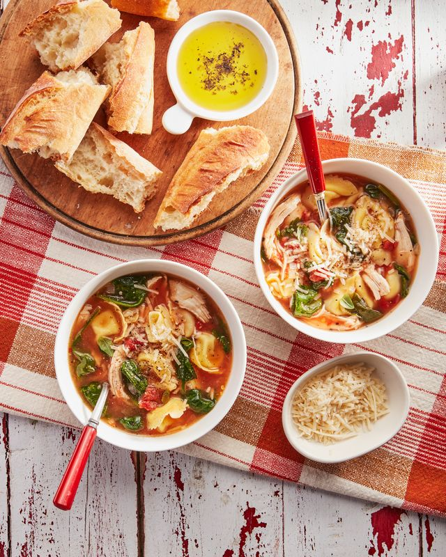 easy chicken and spinach tortellini soup
