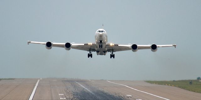 E 6b Mercury Bird Takes Down The U S Navy S Doomsday Plane