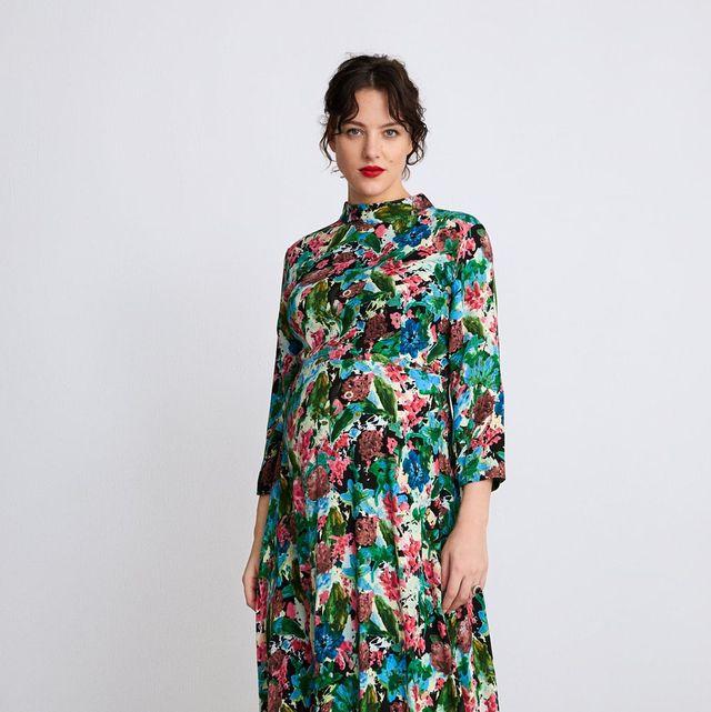 fe2224e35 zara. zara. Encontrar el vestido ideal de invitada para una boda ...
