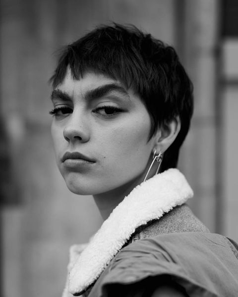 Hair, Face, White, Black, Photograph, Lip, Black-and-white, Beauty, Hairstyle, Monochrome photography,