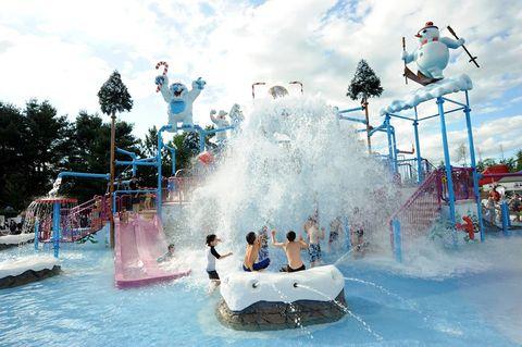 Water park, Amusement park, Leisure, Park, Recreation, Fun, Water, Nonbuilding structure, Chute, Water feature,