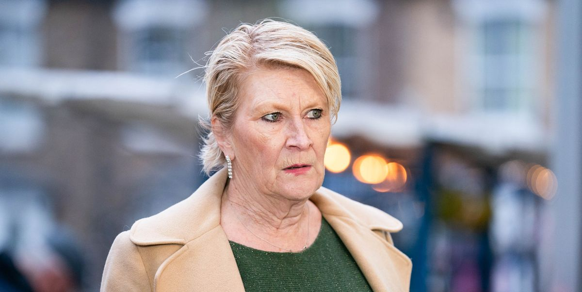 EastEnders' Shirley Carter demands answers from Linda over Katy's freedom
